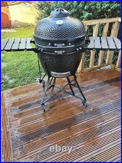 Kamado Louisiana Grill 24 (60 cm) Ceramic Charcoal Barbecue in Black + Cover