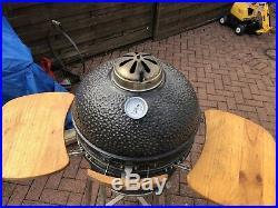 Large Vision Grills Kamodo BBQ/smoker Same As Big Green Egg And Kamodo Joe