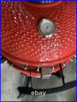 Louisiana Grills 24 (60 cm) Ceramic Kamado Charcoal Barbecue in Red + Cover
