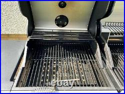 OUTBACK Combi Duel Fuel Hooded 4 Burner Gas and Charcoal BBQ Grill (MAY 2020)